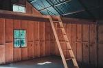 hills-barn-interior