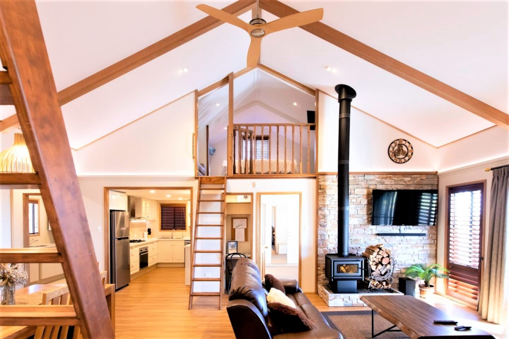 airbnb cabin cedarspan